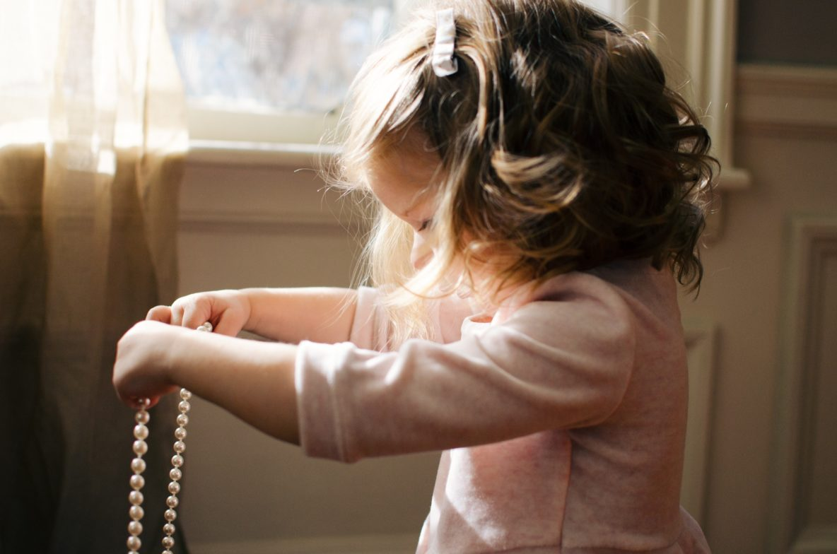 what's the best jewelry for kids