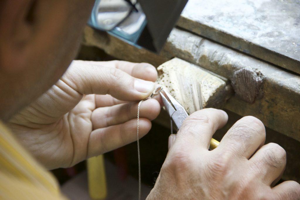online jewelry repair process