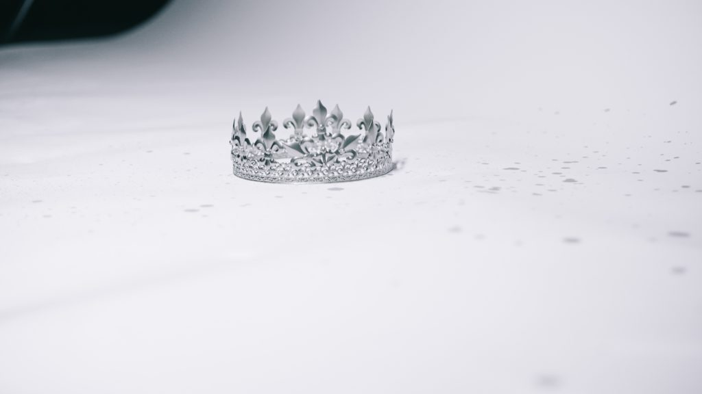 history of the royal crowns