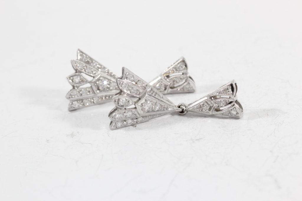 broken-earrings white-gold