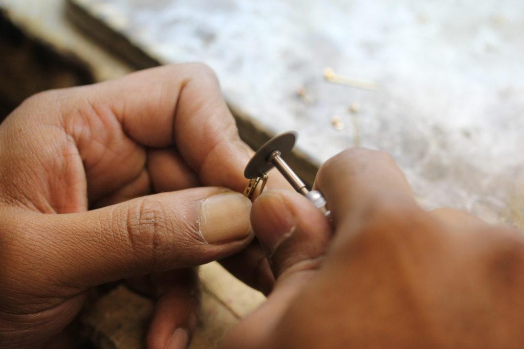 jewelry-finishing-polishing