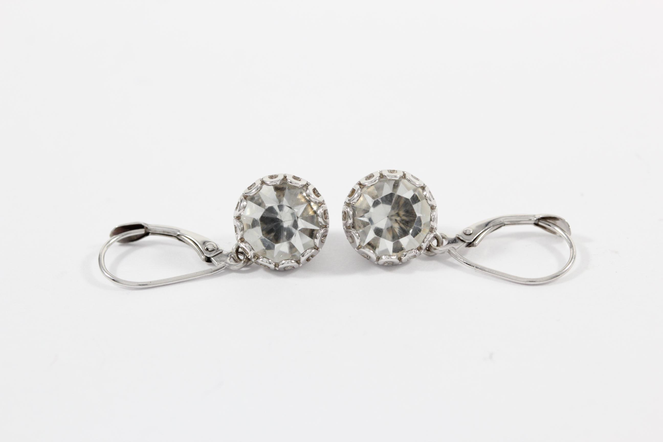 antique-jewelry-earrings