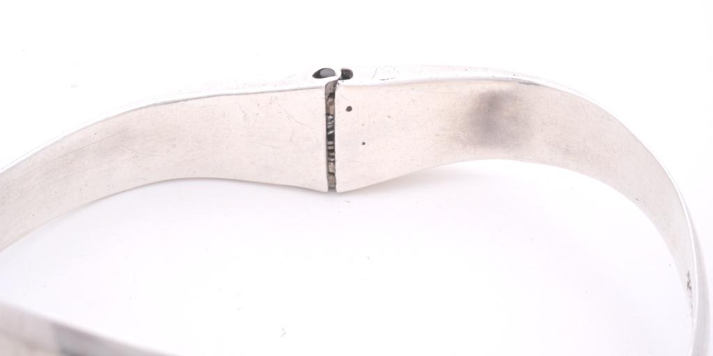 bracelet-bangle-repair-hinge