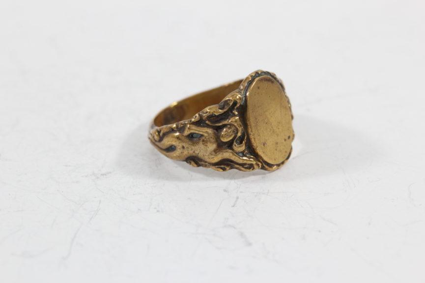 brass-jewelry-ring