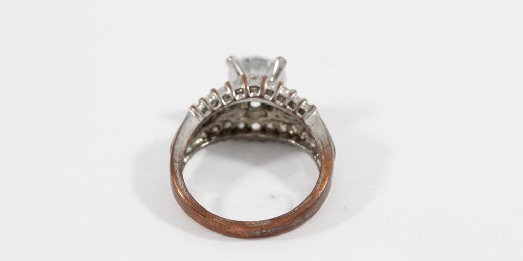 jewelry-rash-ring