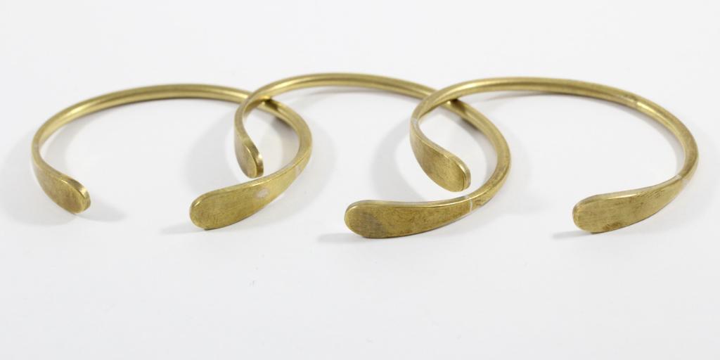 brass-bracelets