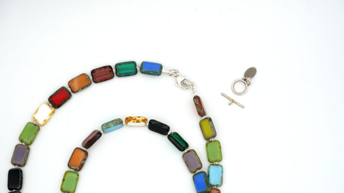 necklace-restringing