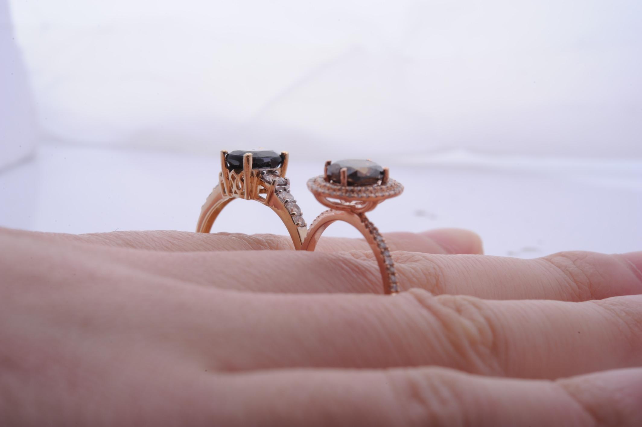 ring-big-knuckles-gap