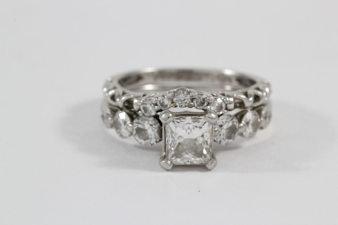 platinum-jewelry