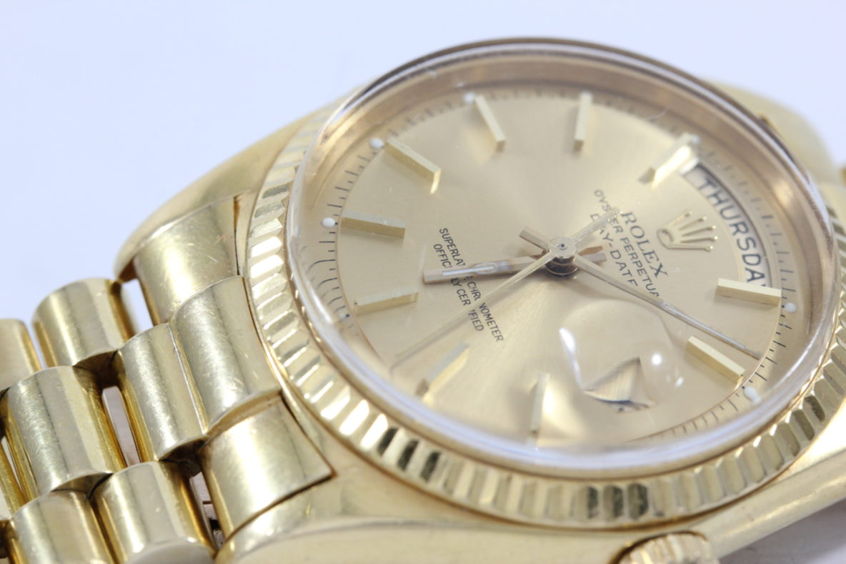 mechanical-watch-rolex-oyster-perpetual