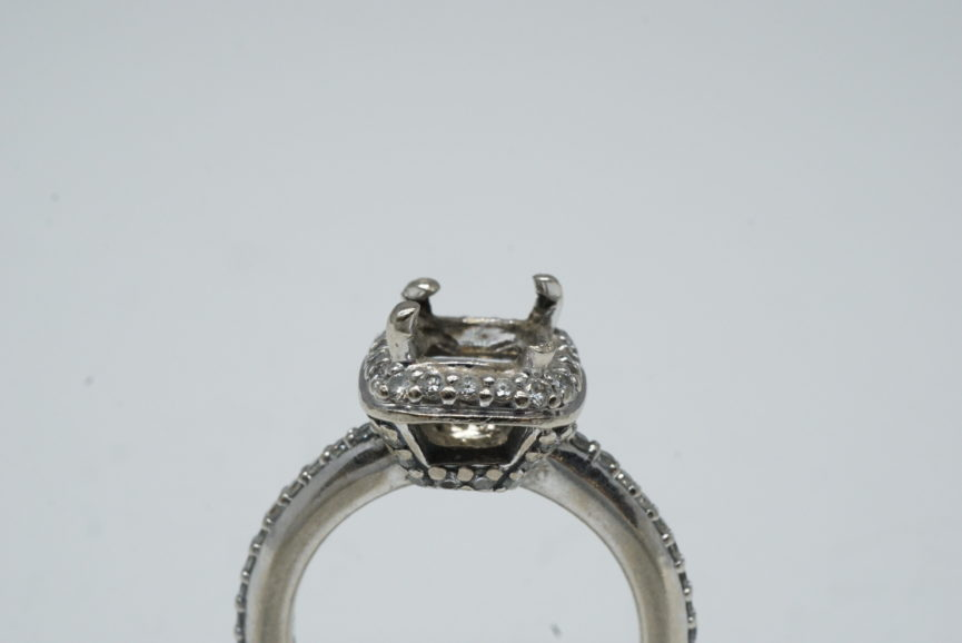 ring-prong-repair-maintenance-white-gold