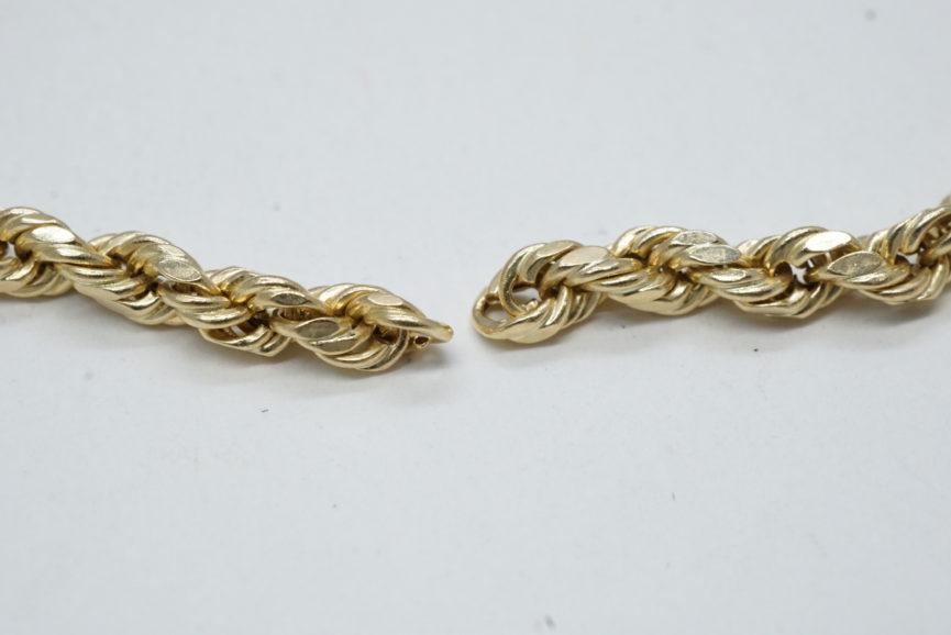 necklace-repair-maintenance-rope