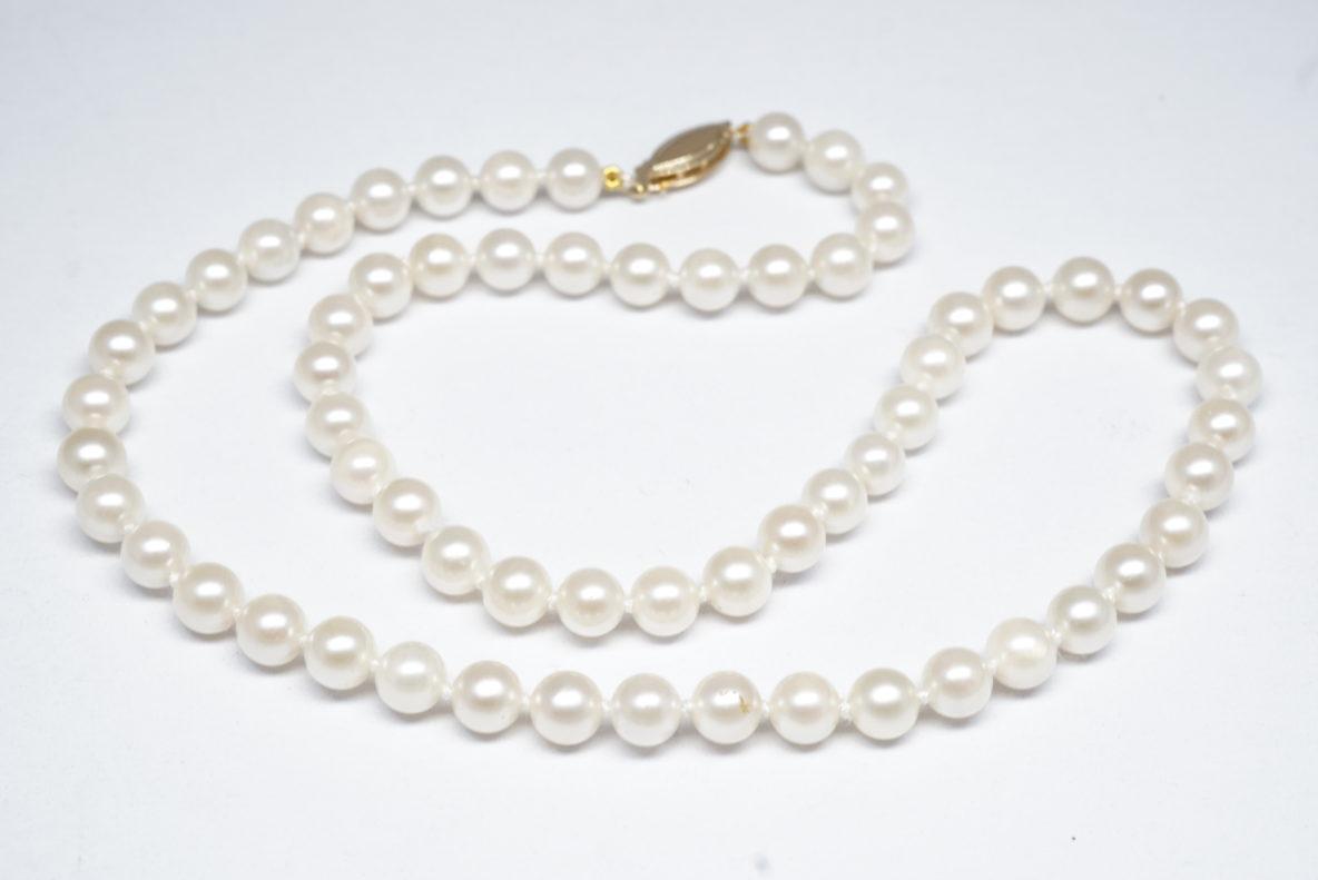 pearl-restringing