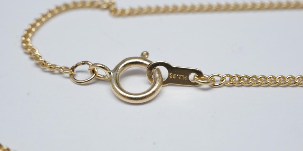 jewelry-clasp-maintenance