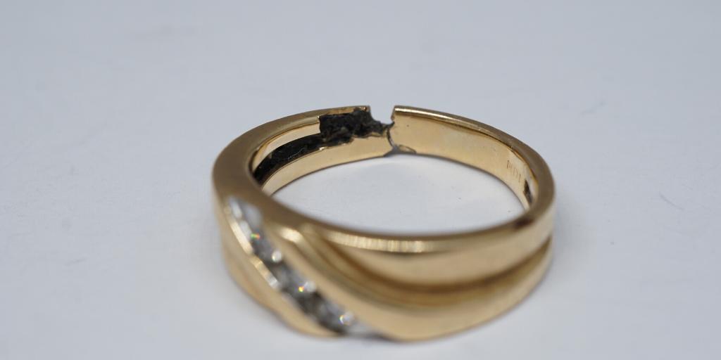 sanitizing-jewelry