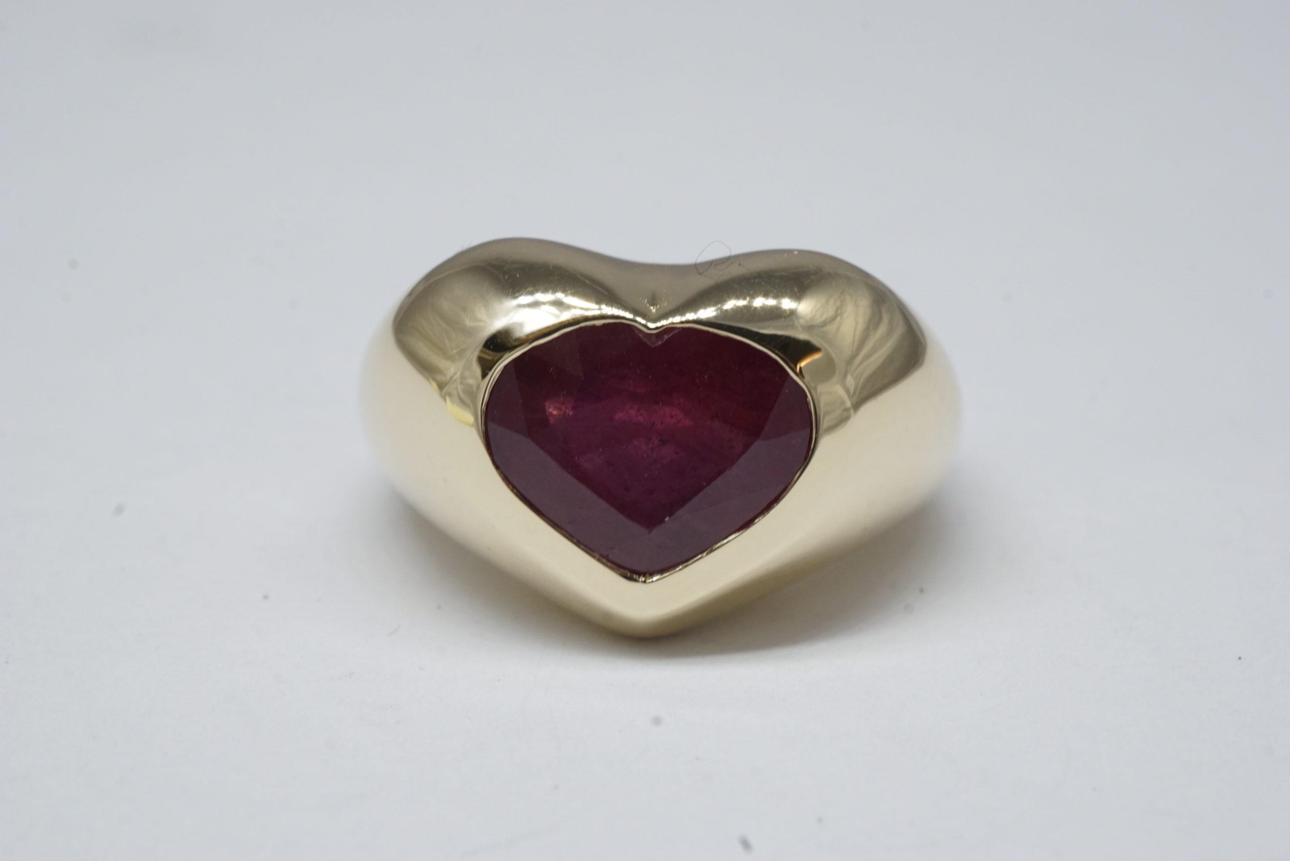 design-a-custom-ring